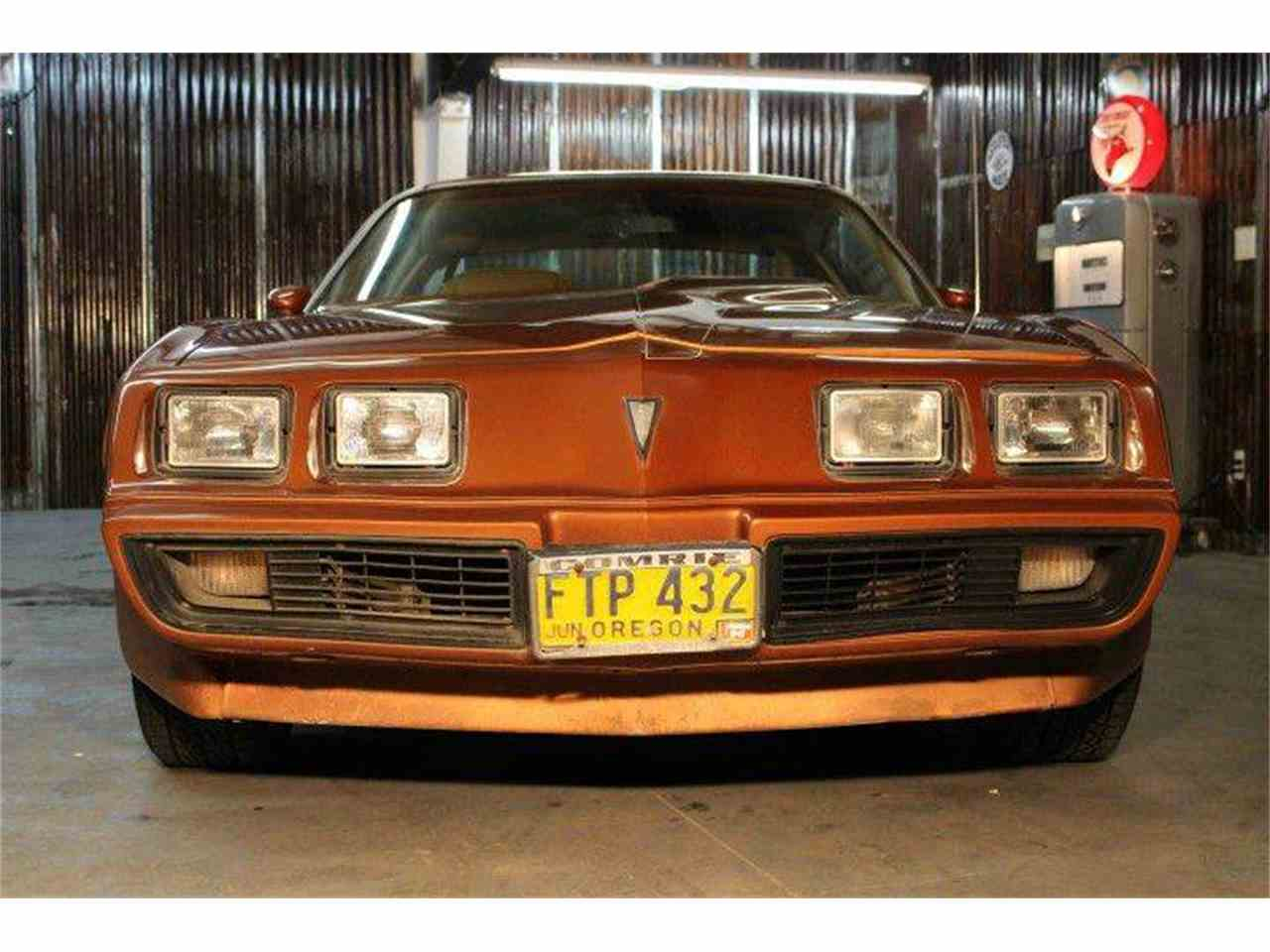 Large Picture of '80 Pontiac Firebird Trans Am located in Redmond Oregon - MZB3