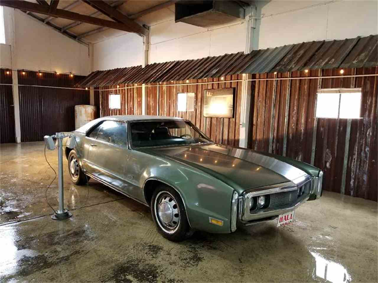 Large Picture of '70 Oldsmobile Toronado - $9,500.00 Offered by Cool Classic Rides LLC - MZB5