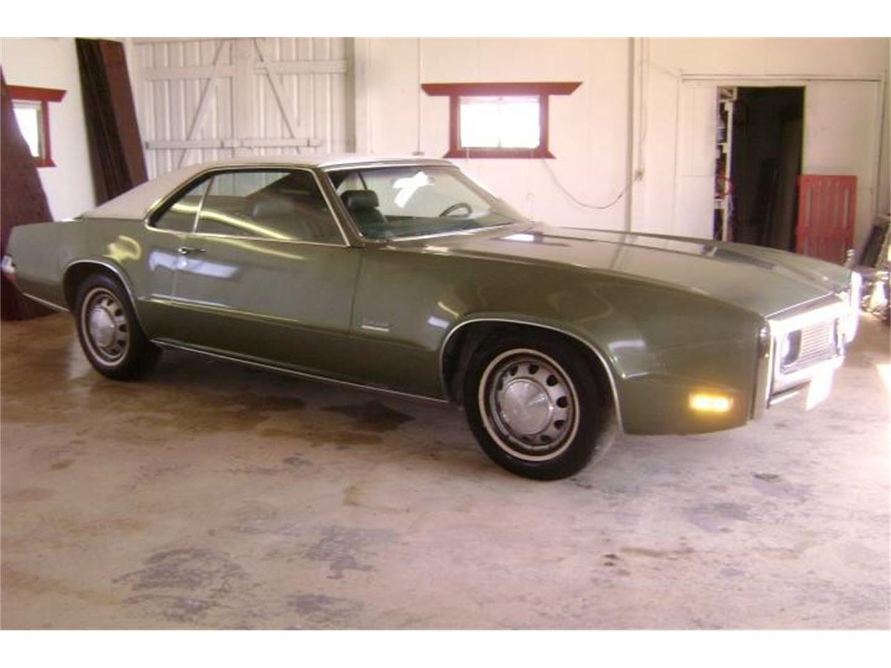 Large Picture of Classic '70 Oldsmobile Toronado located in Redmond Oregon Offered by Cool Classic Rides LLC - MZB5