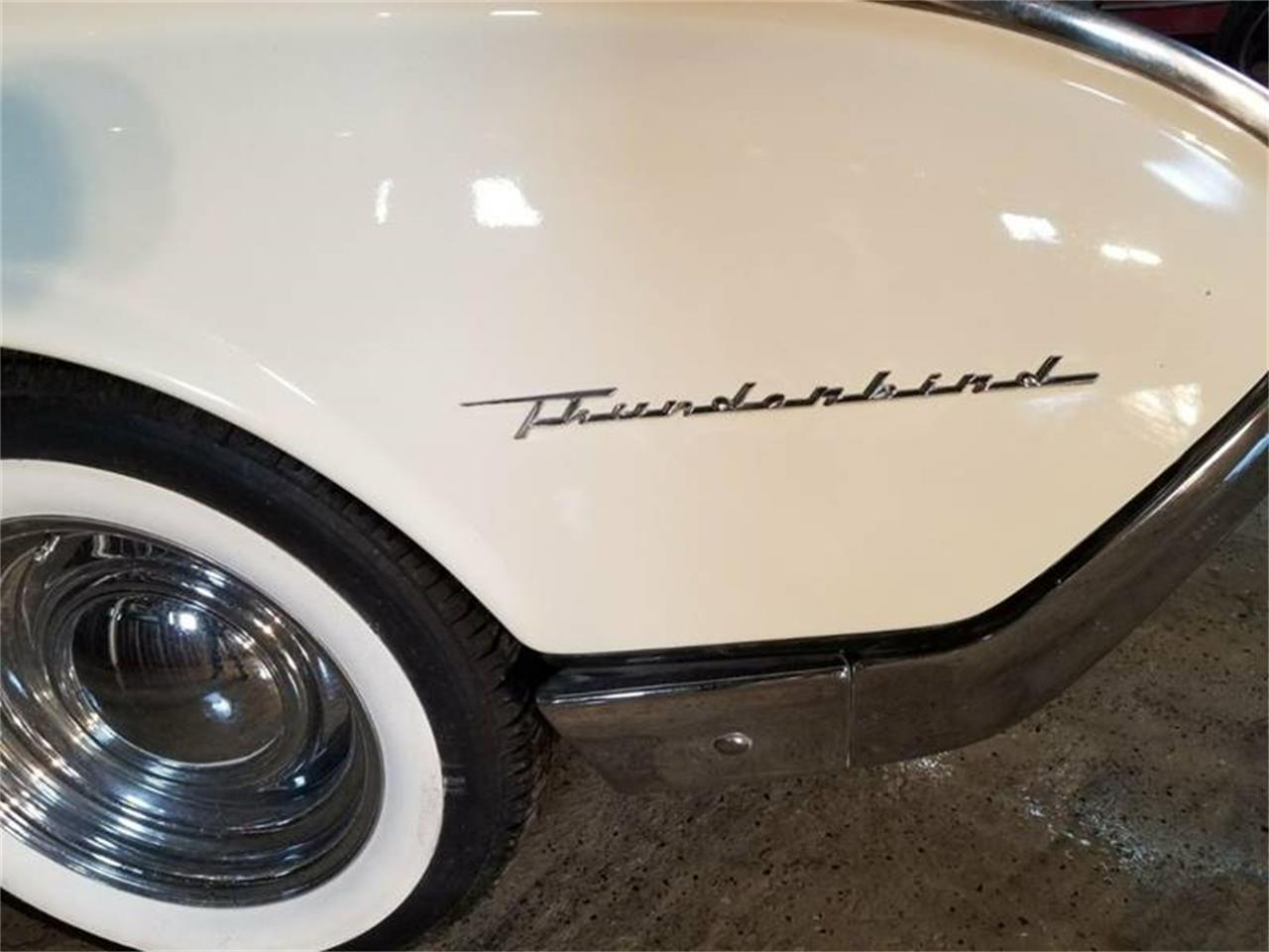 Large Picture of '61 Thunderbird - MZBP