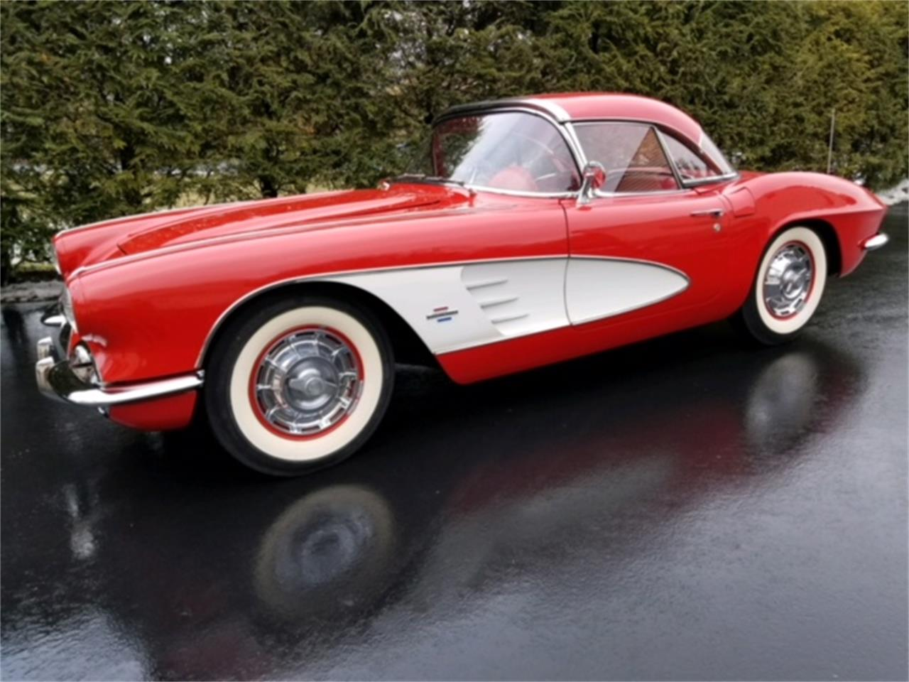 Large Picture of 1961 Chevrolet Corvette located in Carlisle Pennsylvania Offered by Carlisle Auctions - MZC3