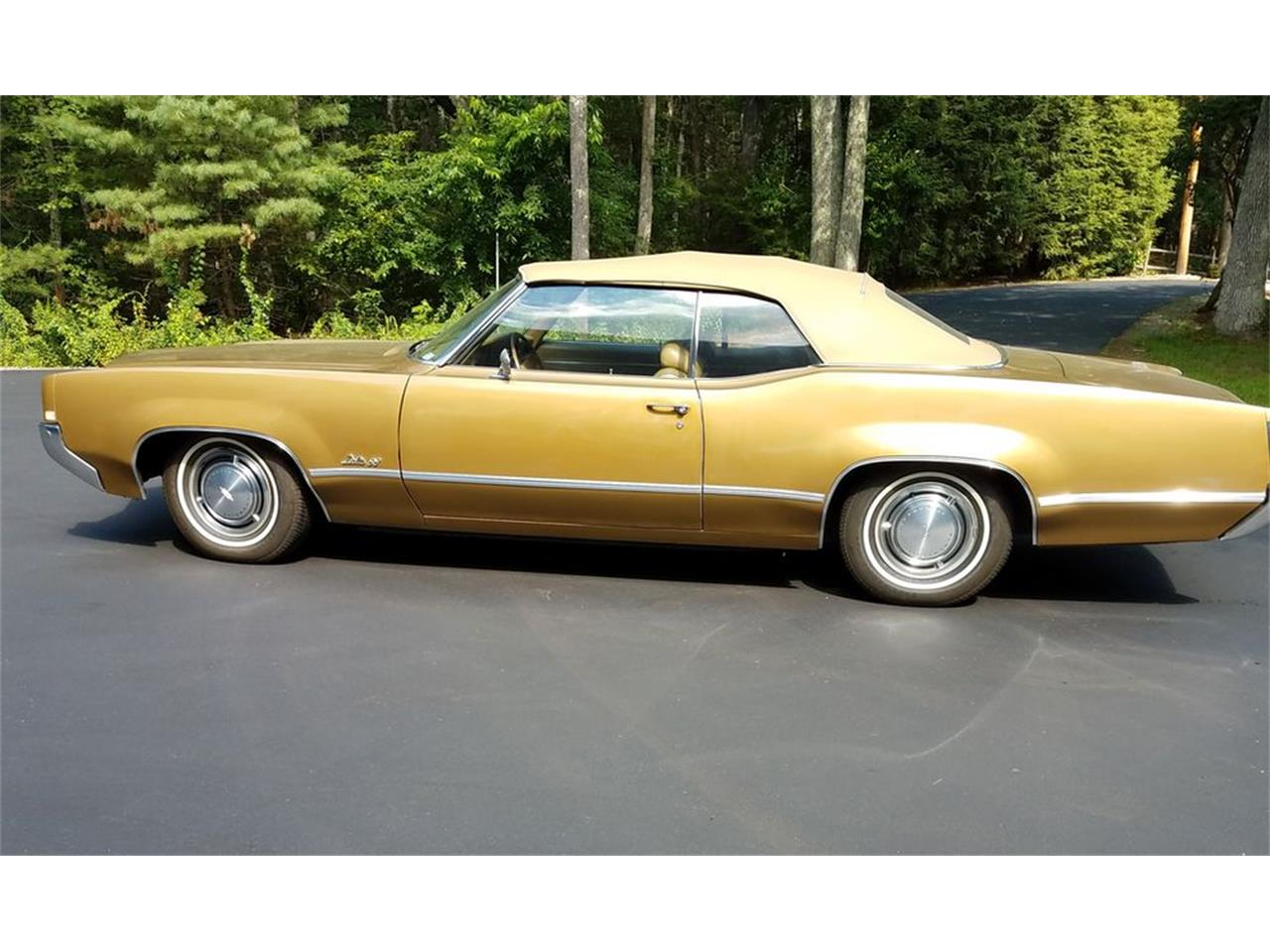 Large Picture of '69 Oldsmobile Delta 88 located in Pennsylvania Offered by Carlisle Auctions - MZCF