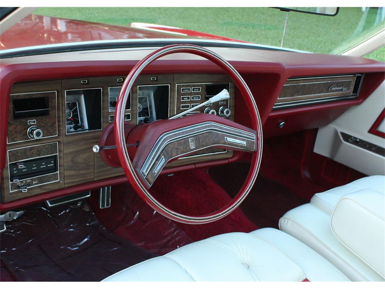 Large Picture of '75 Continental Mark IV located in lakeland Florida - MZD3