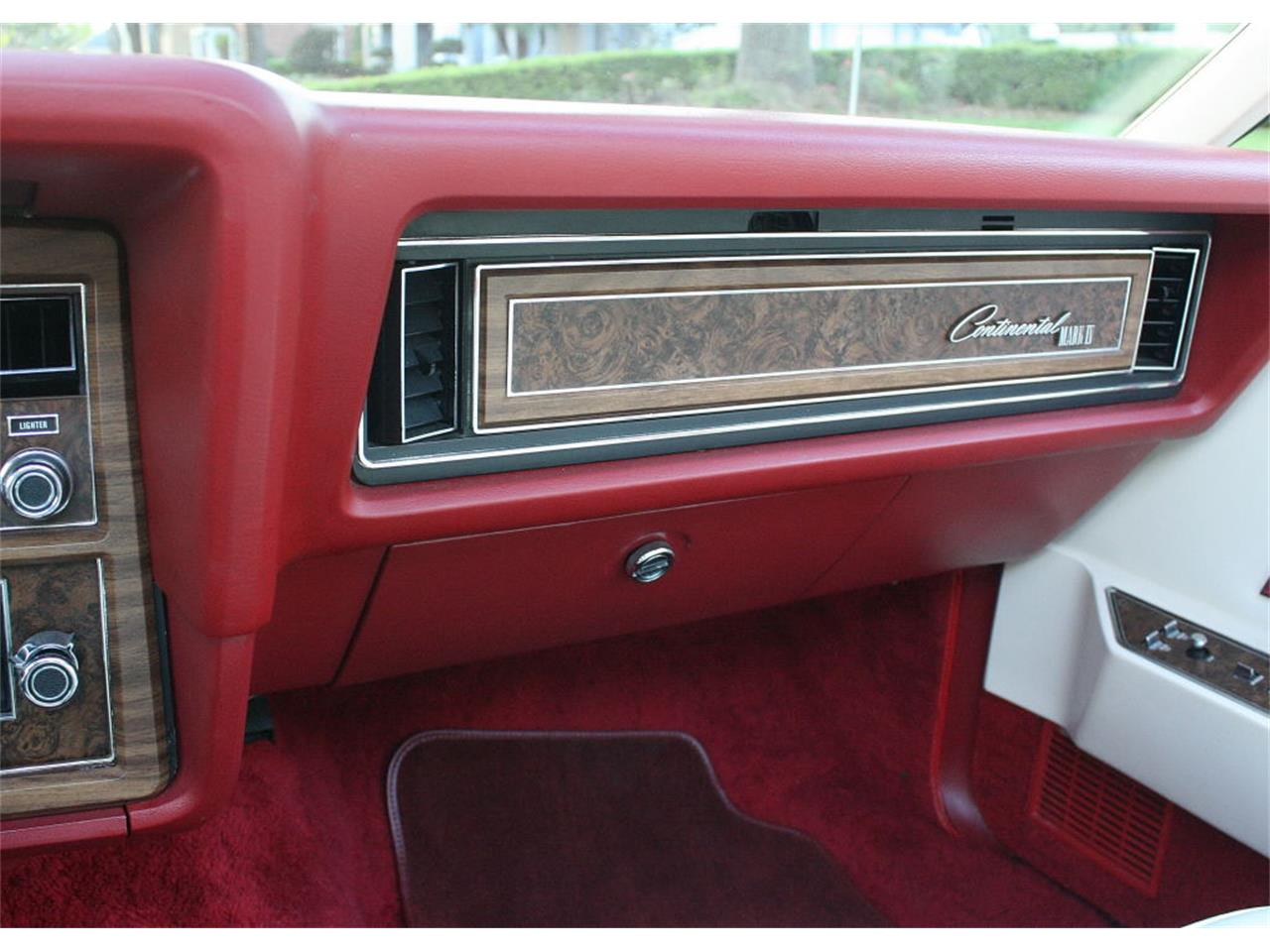 Large Picture of '75 Lincoln Continental Mark IV located in lakeland Florida - $37,500.00 - MZD3