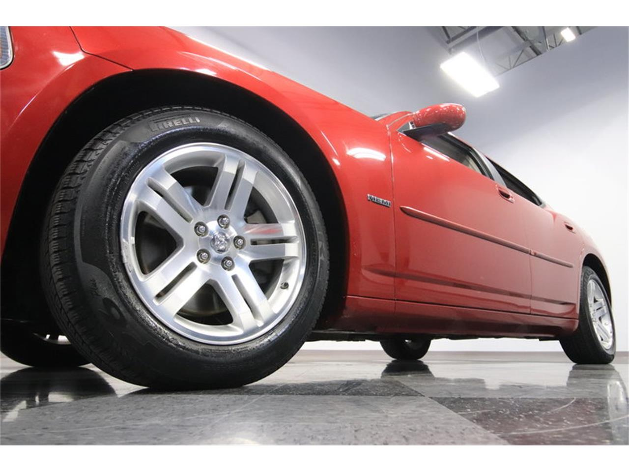 Large Picture of '06 Dodge Charger R/T located in Mesa Arizona - $8,995.00 Offered by Streetside Classics - Phoenix - MZDF