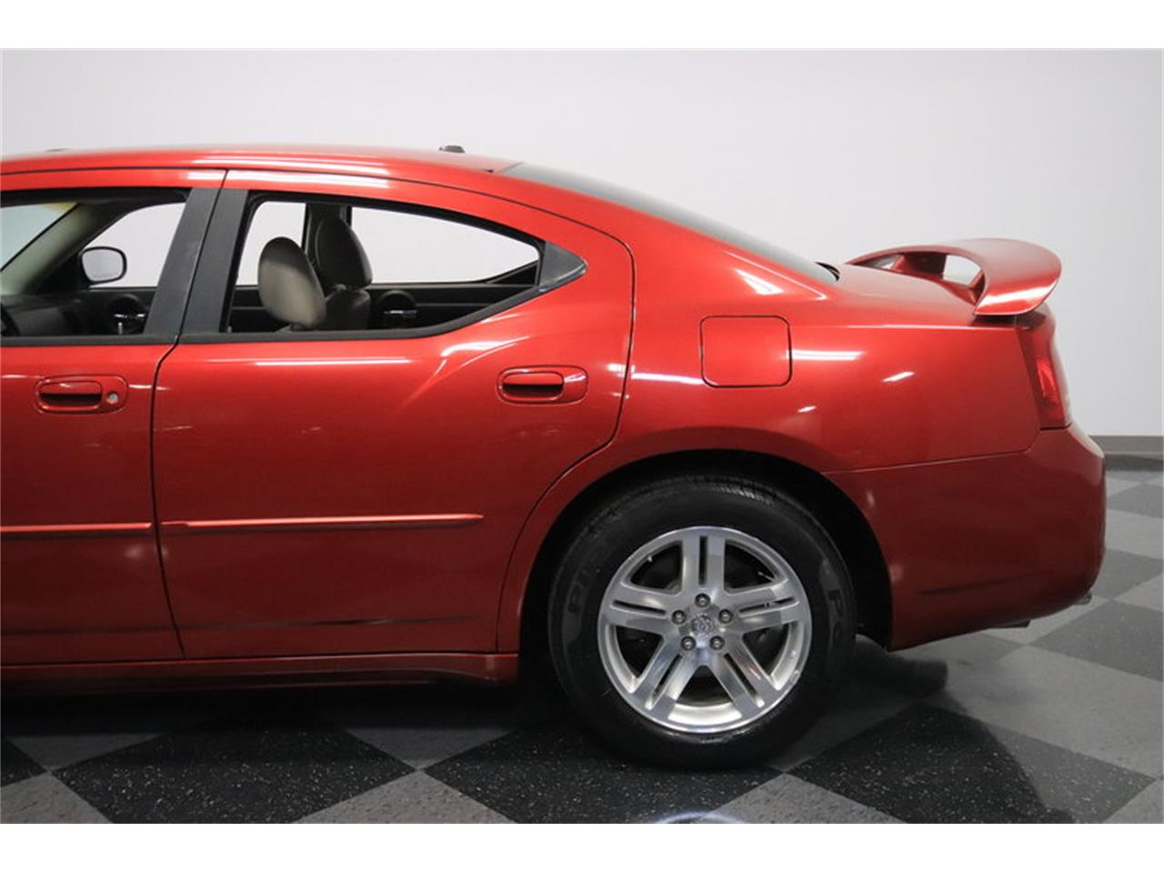 Large Picture of 2006 Dodge Charger R/T - $8,995.00 Offered by Streetside Classics - Phoenix - MZDF