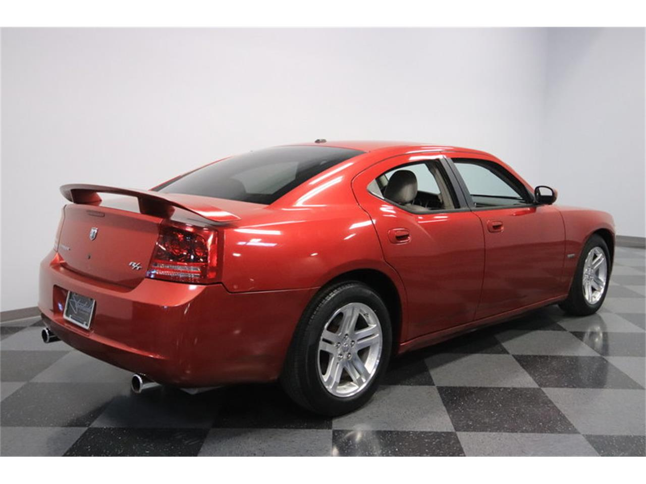 Large Picture of 2006 Dodge Charger R/T - $8,995.00 - MZDF