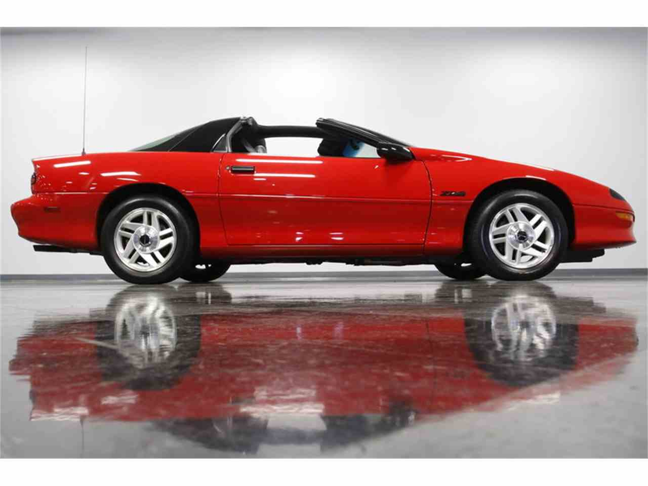 Large Picture of '95 Camaro - MZDY