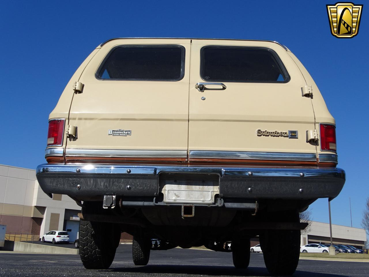 Large Picture of '86 C/K 20 - $10,595.00 Offered by Gateway Classic Cars - St. Louis - MZE8