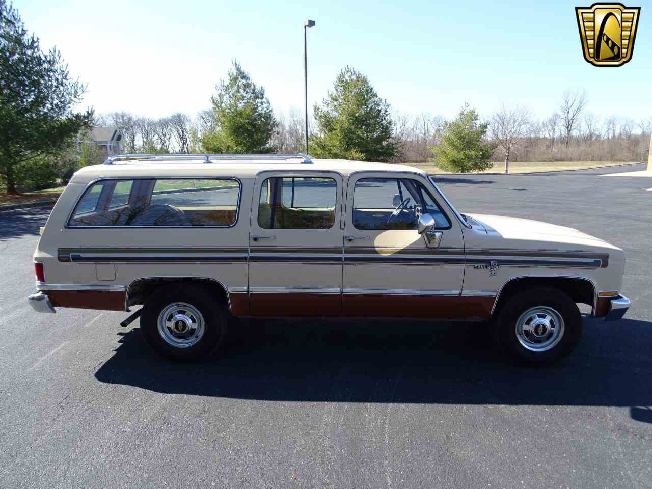 Large Picture of 1986 C/K 20 located in O'Fallon Illinois Offered by Gateway Classic Cars - St. Louis - MZE8
