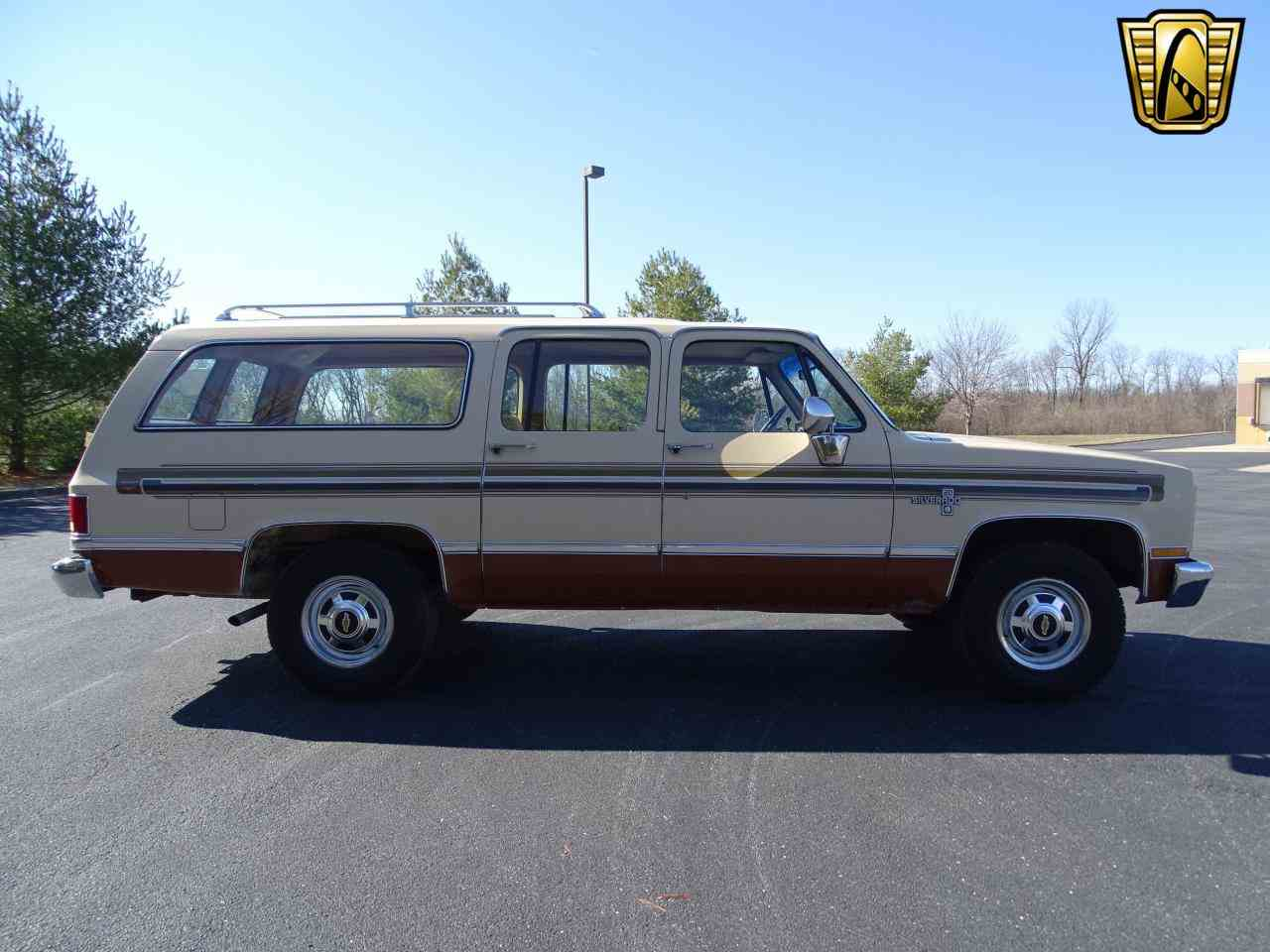 Large Picture of '86 C/K 20 - $10,995.00 Offered by Gateway Classic Cars - St. Louis - MZE8