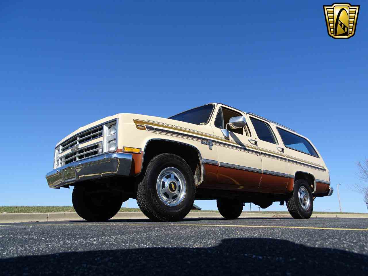 Large Picture of 1986 Chevrolet C/K 20 Offered by Gateway Classic Cars - St. Louis - MZE8