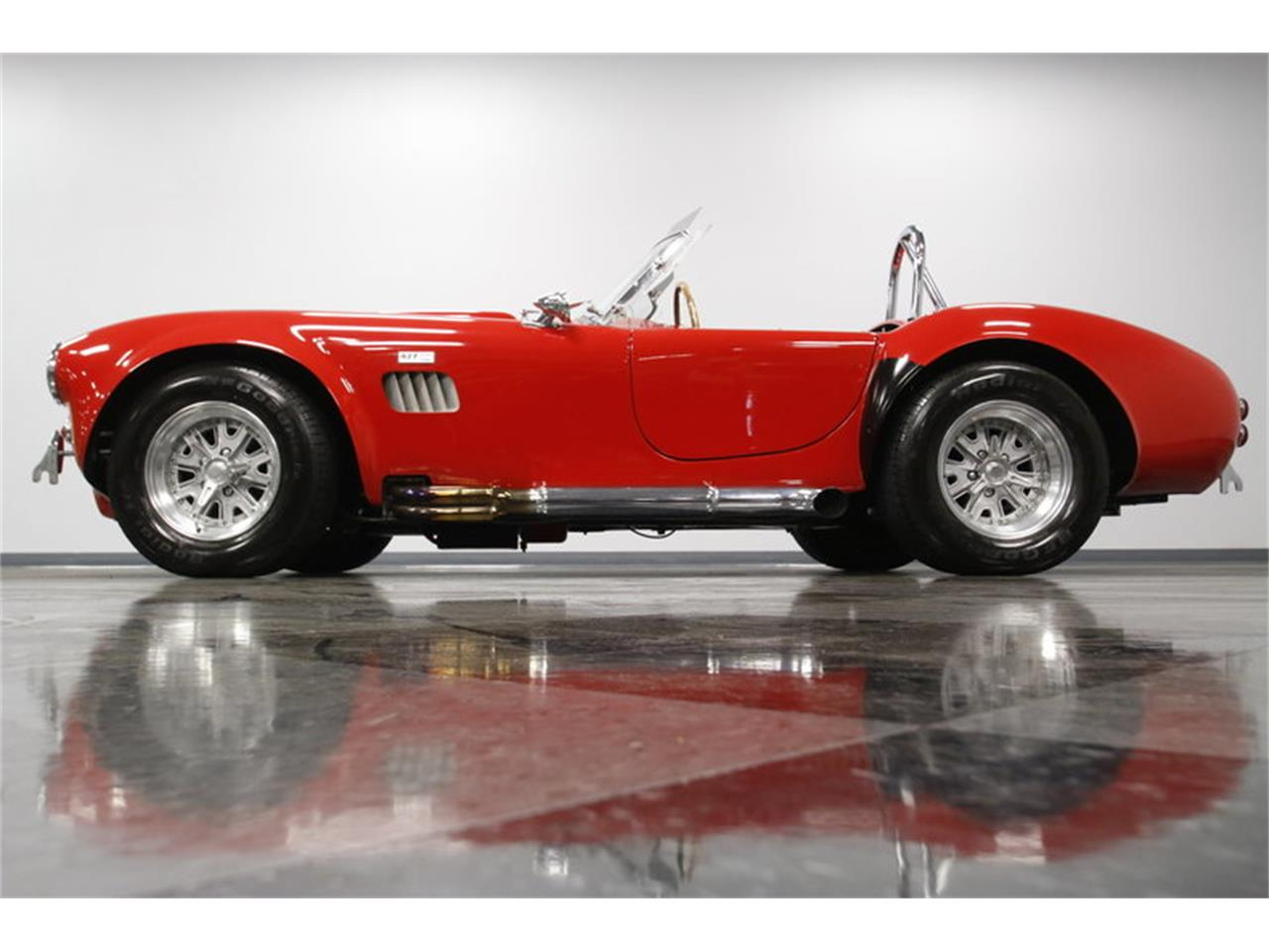 Large Picture of Classic '67 Shelby Cobra - MZEF
