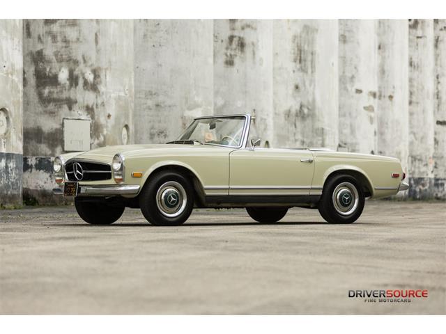Picture of Classic 1968 250SL located in Texas - $109,500.00 - MXSO