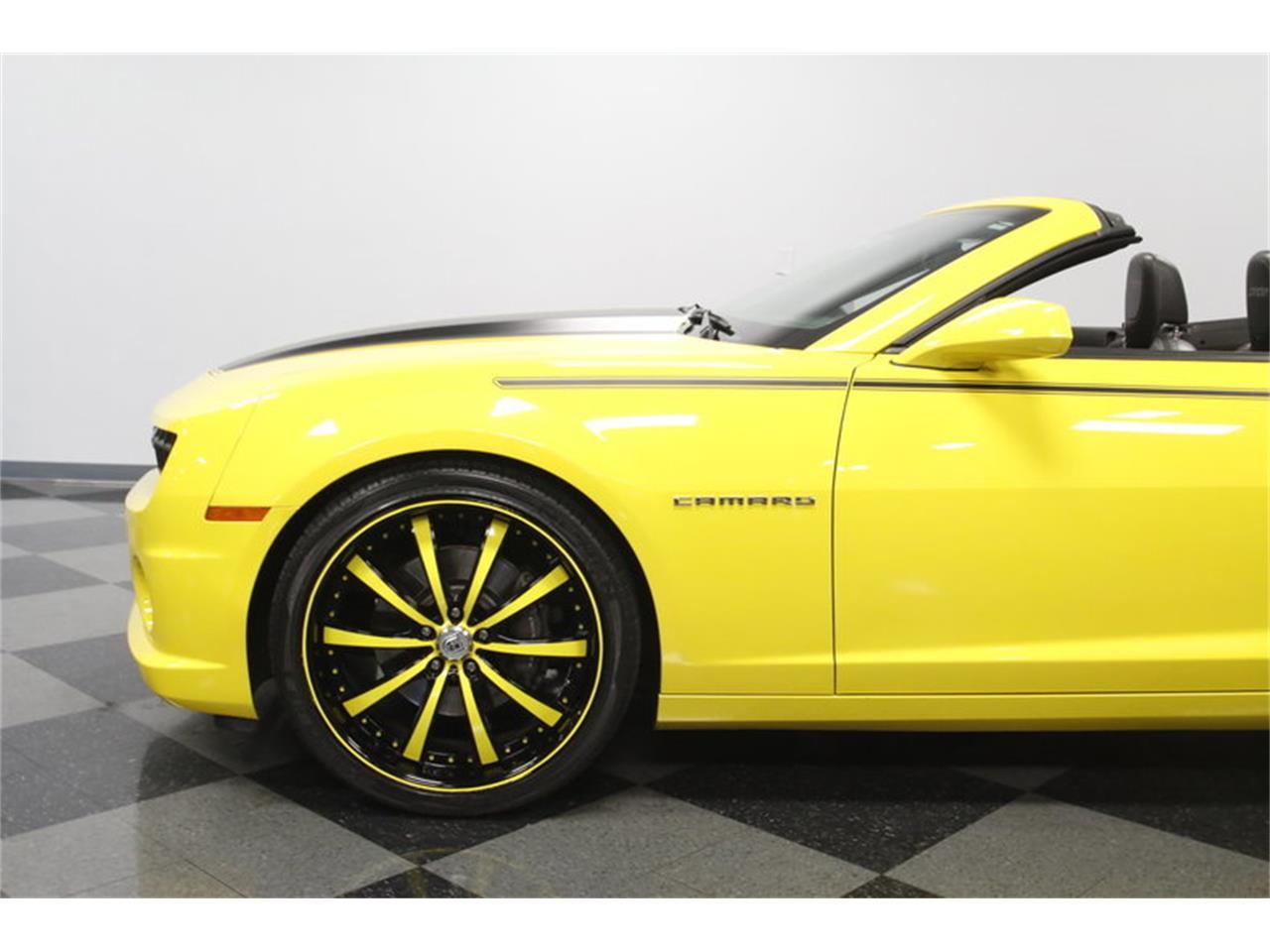 Large Picture of 2011 Chevrolet Camaro located in Concord North Carolina - $34,995.00 - MZEP