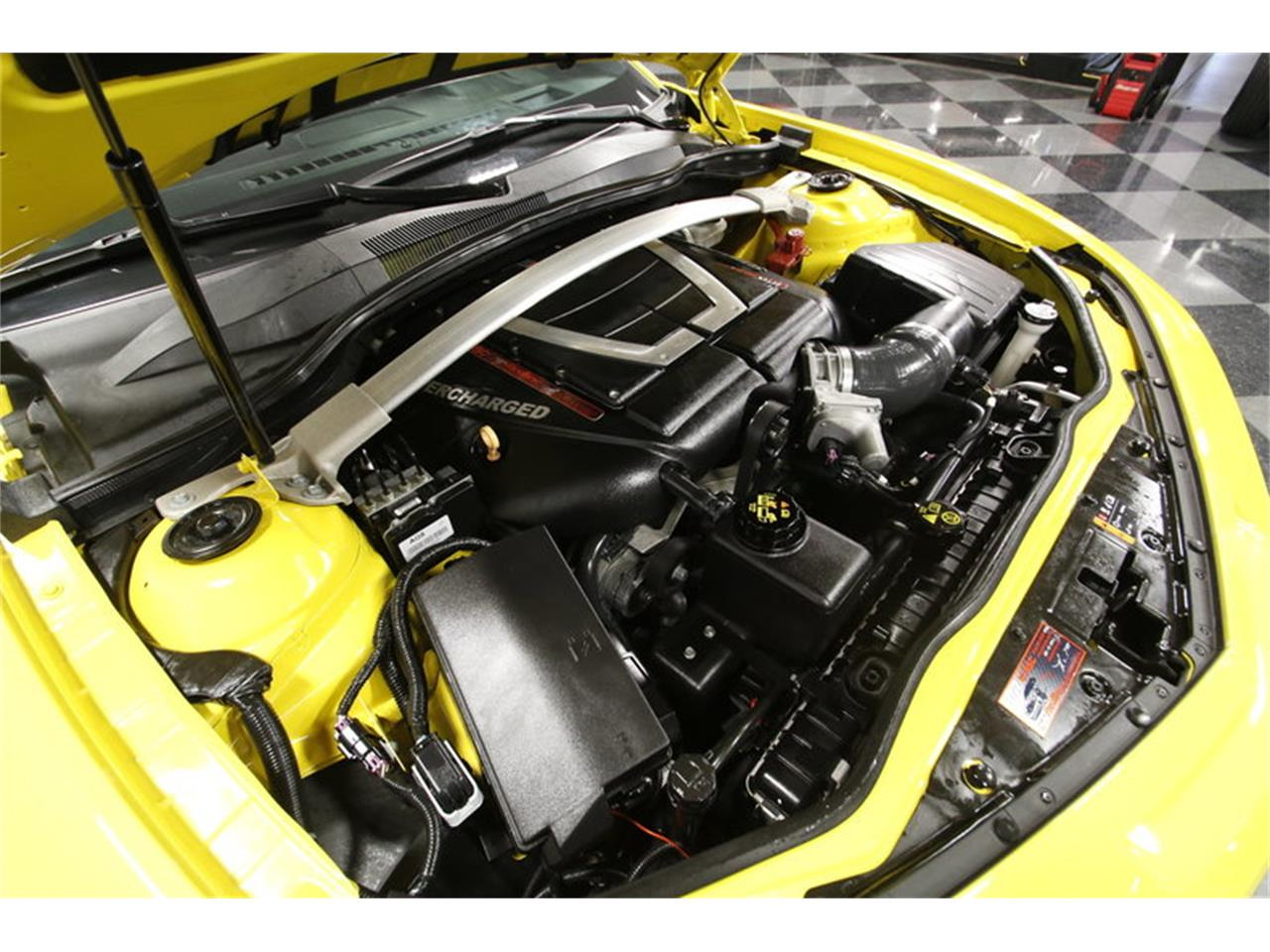 Large Picture of '11 Camaro located in North Carolina - MZEP