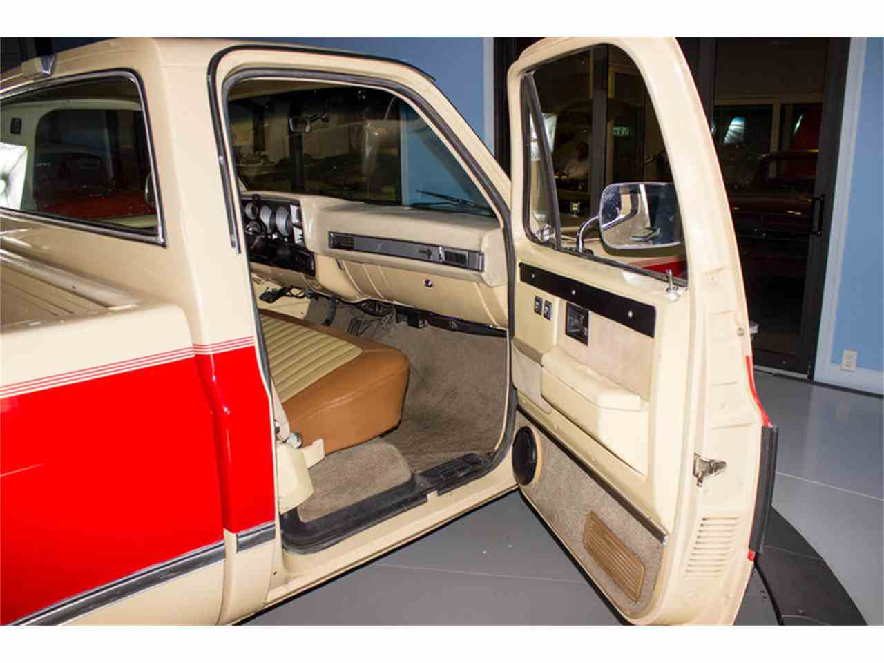 Large Picture of 1986 C10 located in Florida Offered by Skyway Classics - MZEX