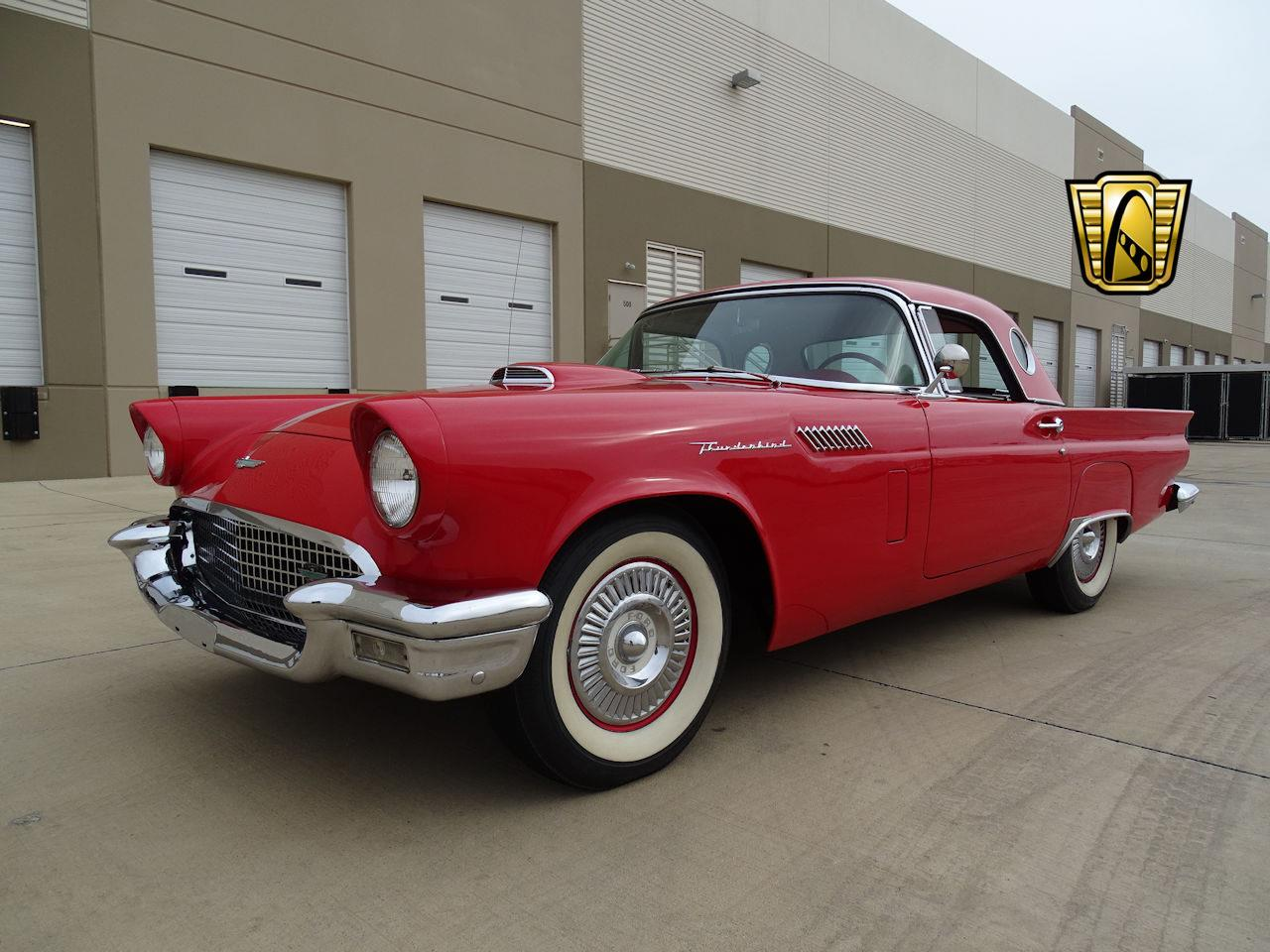 Large Picture of '57 Ford Thunderbird - $35,995.00 - MZF2