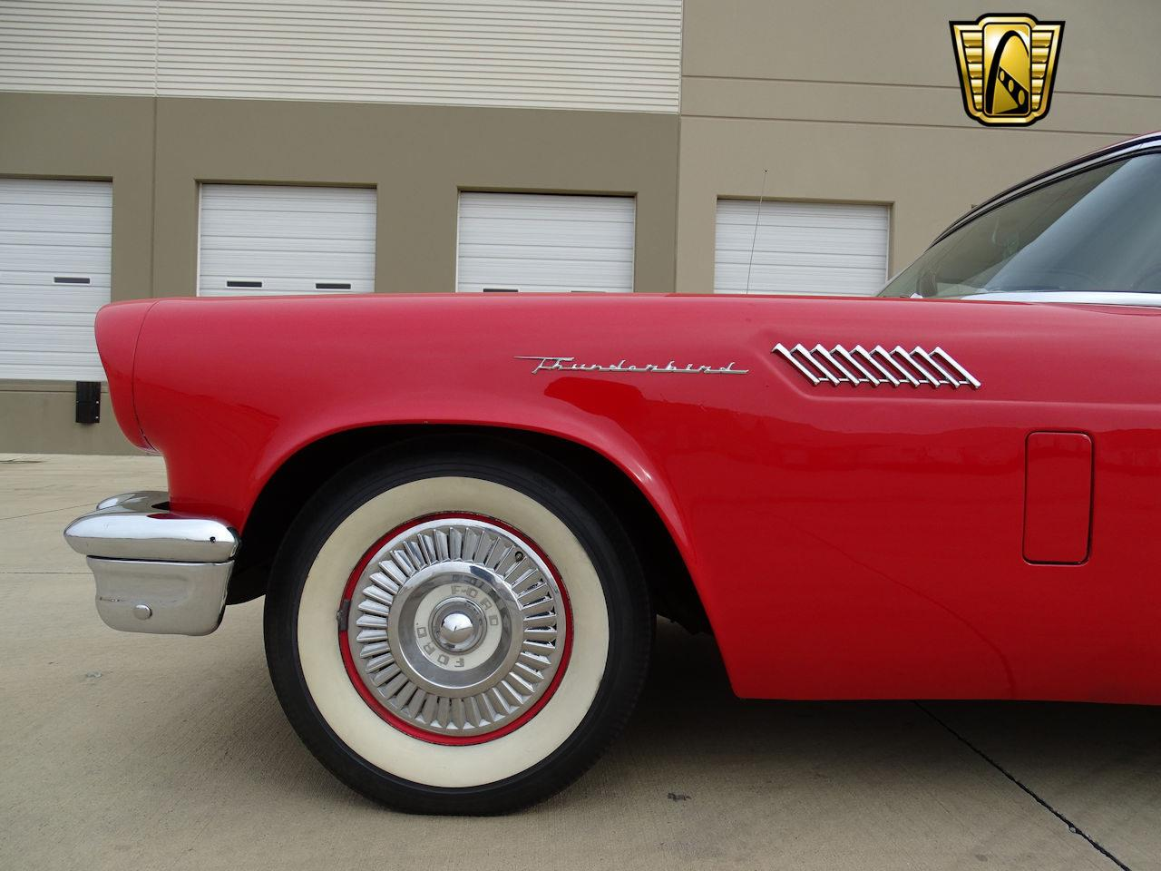 Large Picture of Classic '57 Ford Thunderbird located in DFW Airport Texas - MZF2