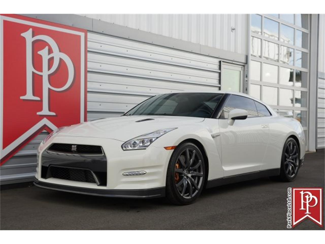 Large Picture of 2015 Nissan GT-R located in Bellevue Washington - $83,950.00 - MZF7