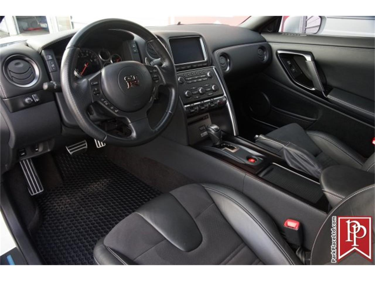 Large Picture of 2015 GT-R - $83,950.00 - MZF7