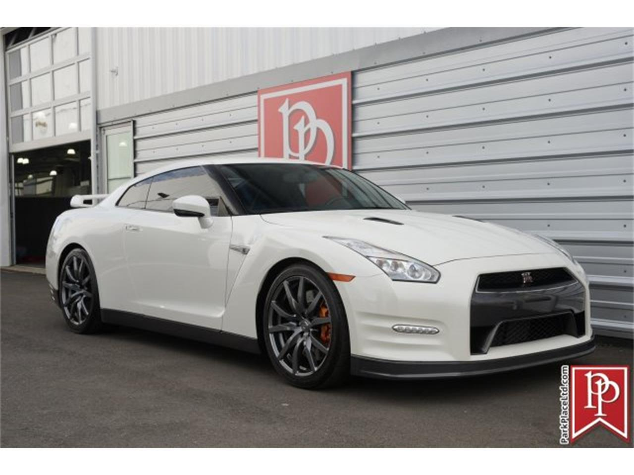 Large Picture of '15 GT-R - $83,950.00 Offered by Park Place Ltd - MZF7