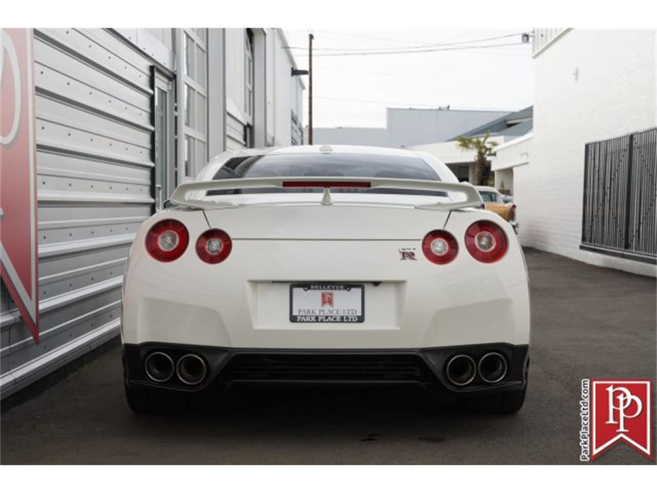 Large Picture of '15 GT-R located in Washington - $83,950.00 - MZF7