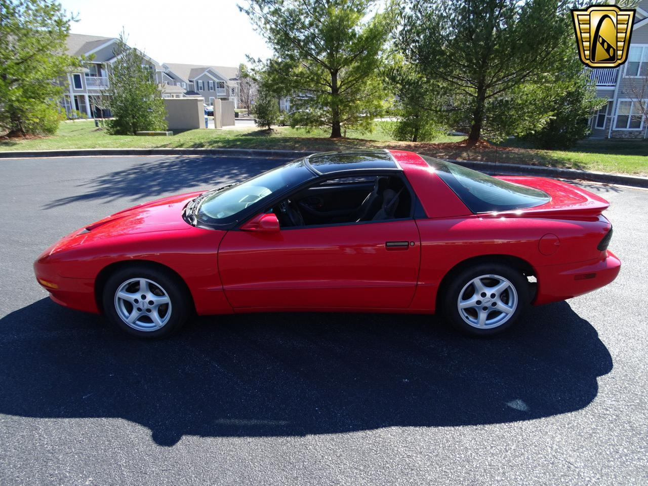 Large Picture of 1996 Pontiac Firebird Offered by Gateway Classic Cars - St. Louis - MZF9