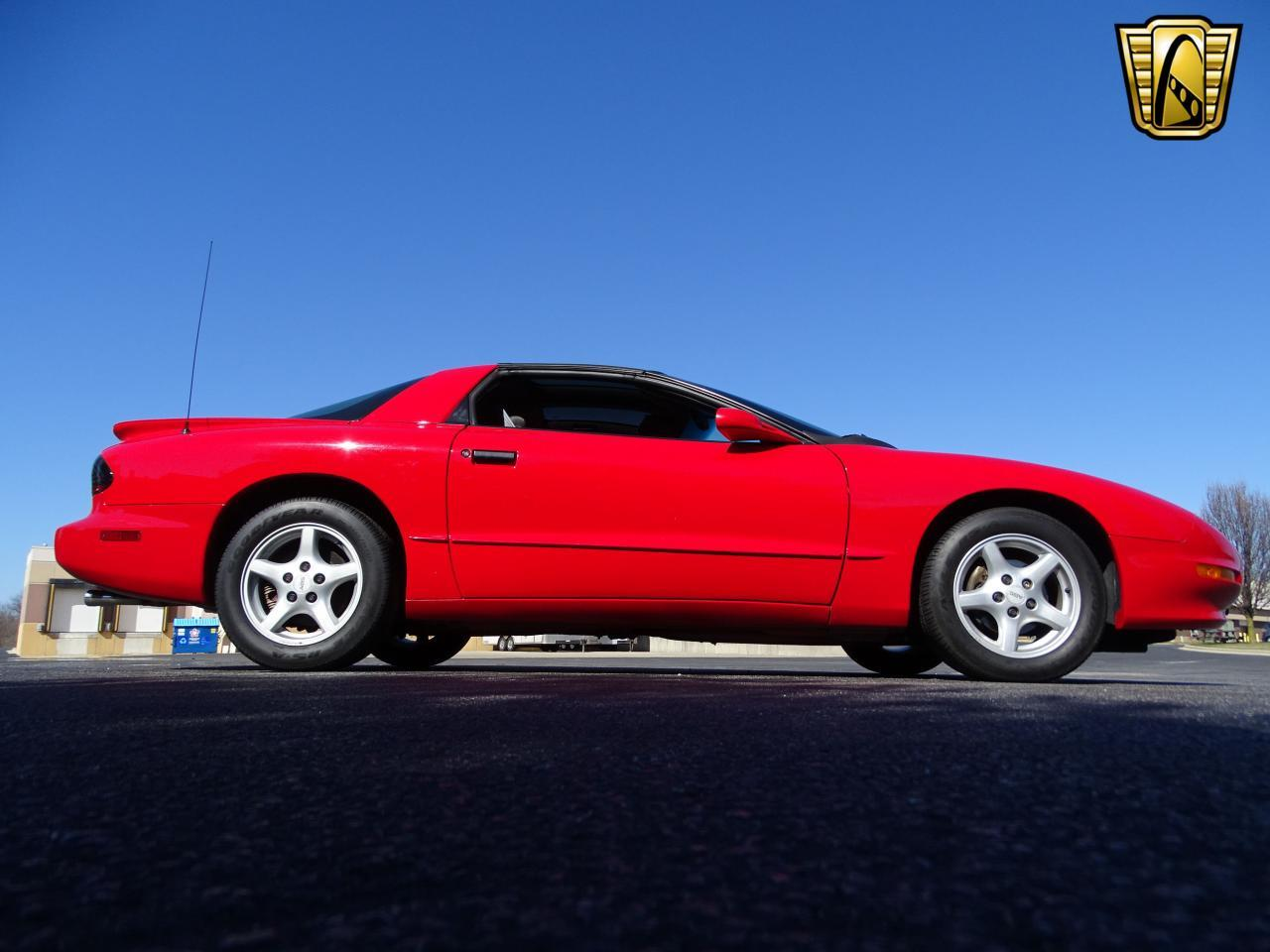 Large Picture of 1996 Firebird located in O'Fallon Illinois Offered by Gateway Classic Cars - St. Louis - MZF9