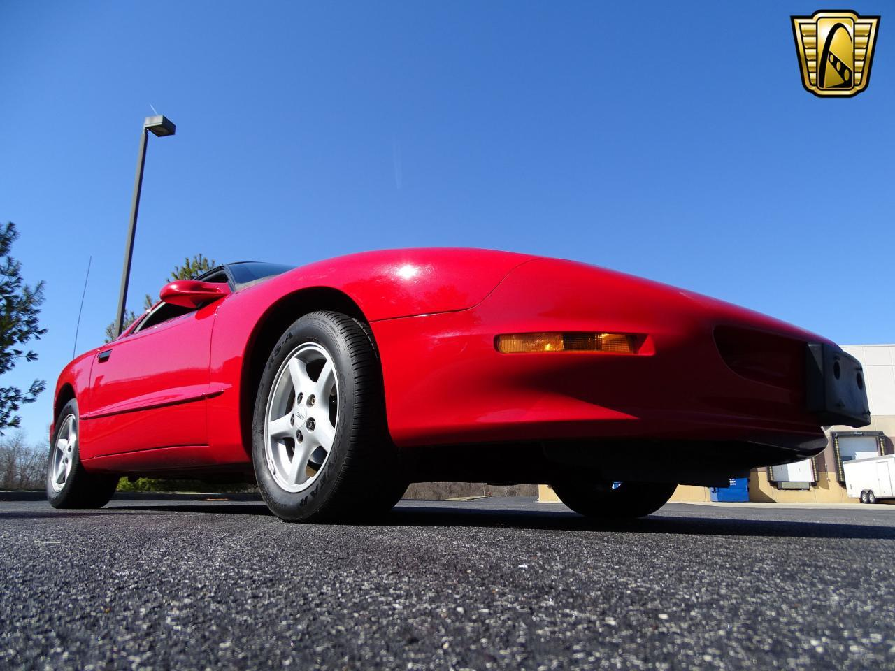 Large Picture of '96 Pontiac Firebird - MZF9