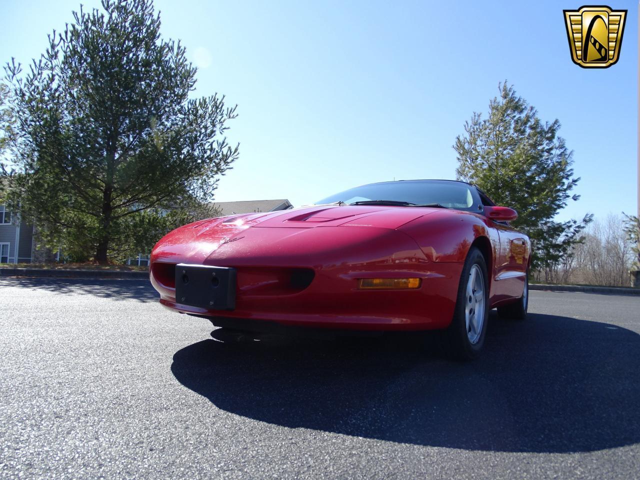 Large Picture of '96 Firebird located in O'Fallon Illinois - MZF9