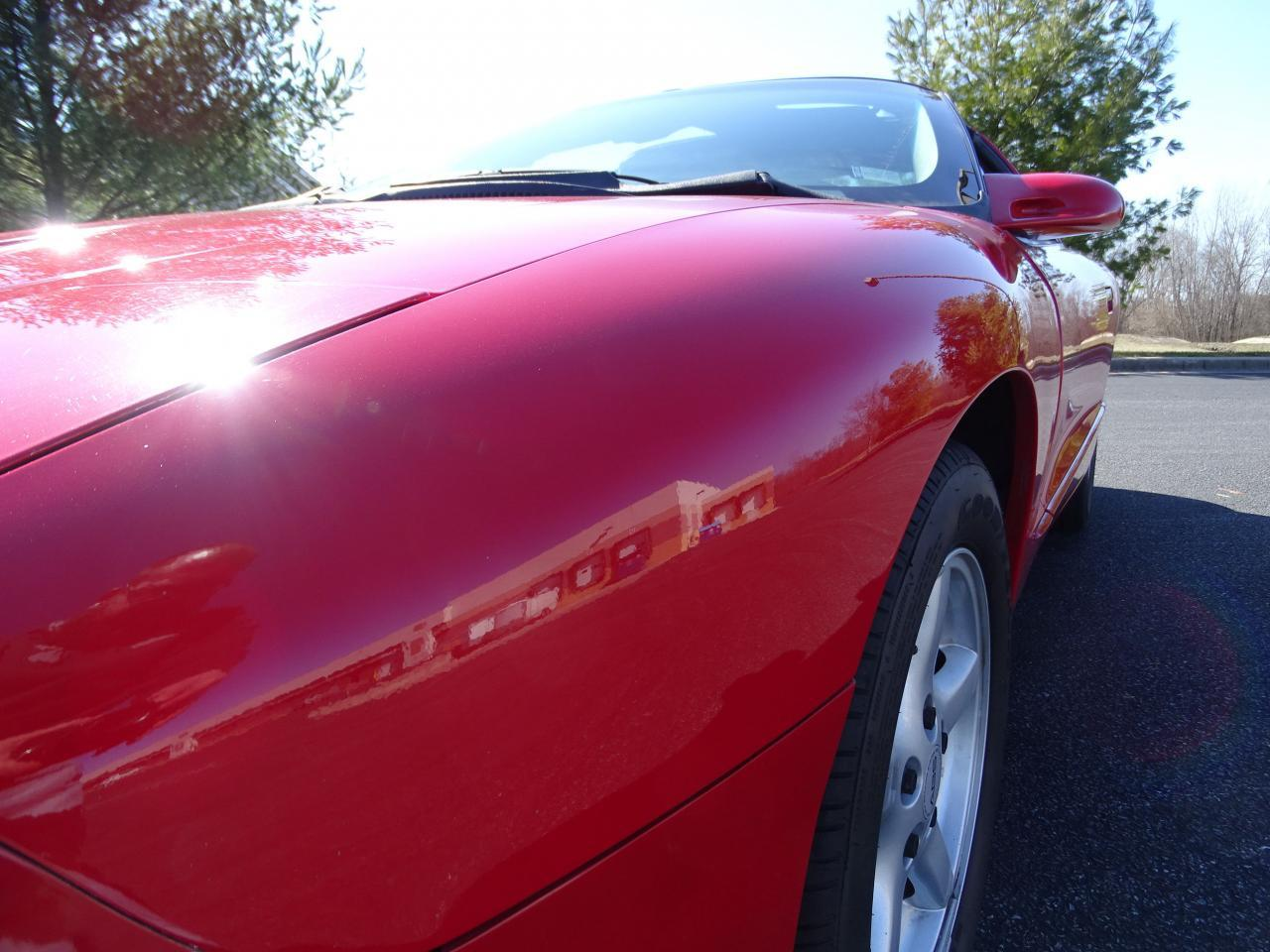 Large Picture of '96 Pontiac Firebird located in Illinois - MZF9