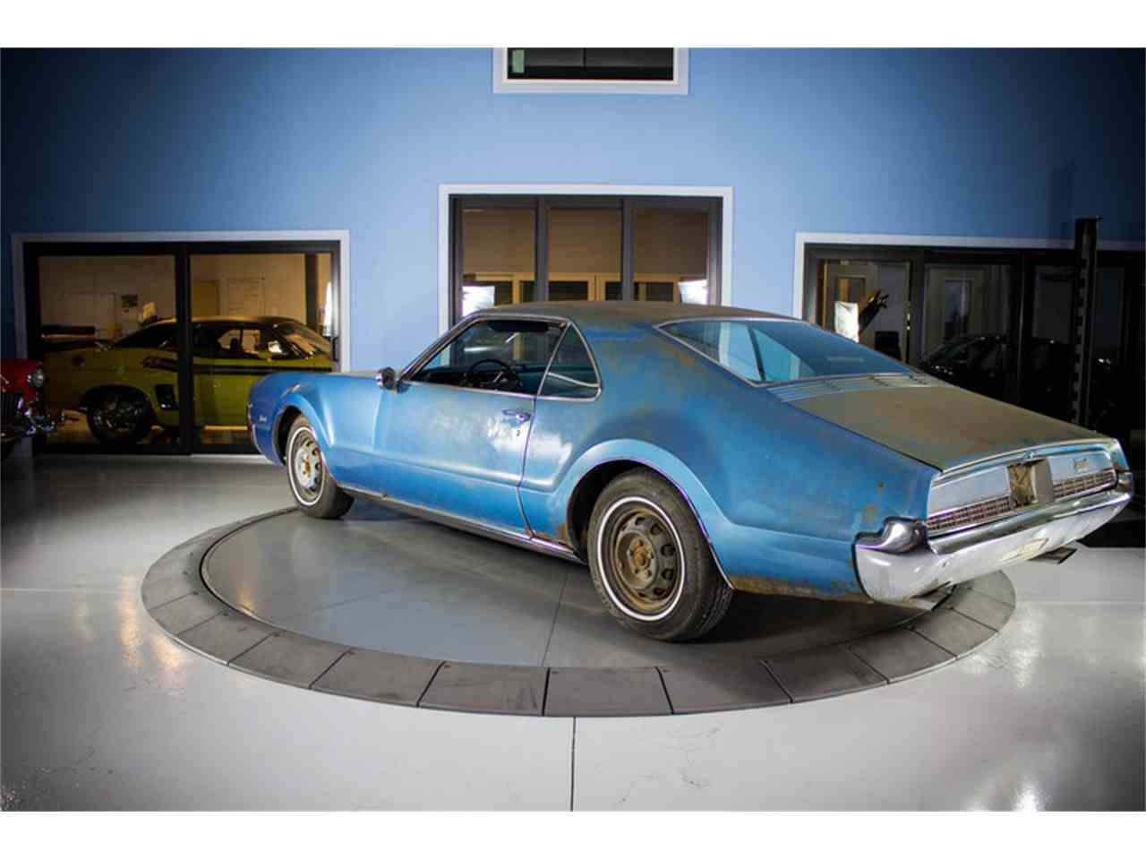 Large Picture of Classic '67 Oldsmobile Toronado - $9,997.00 - MZFB