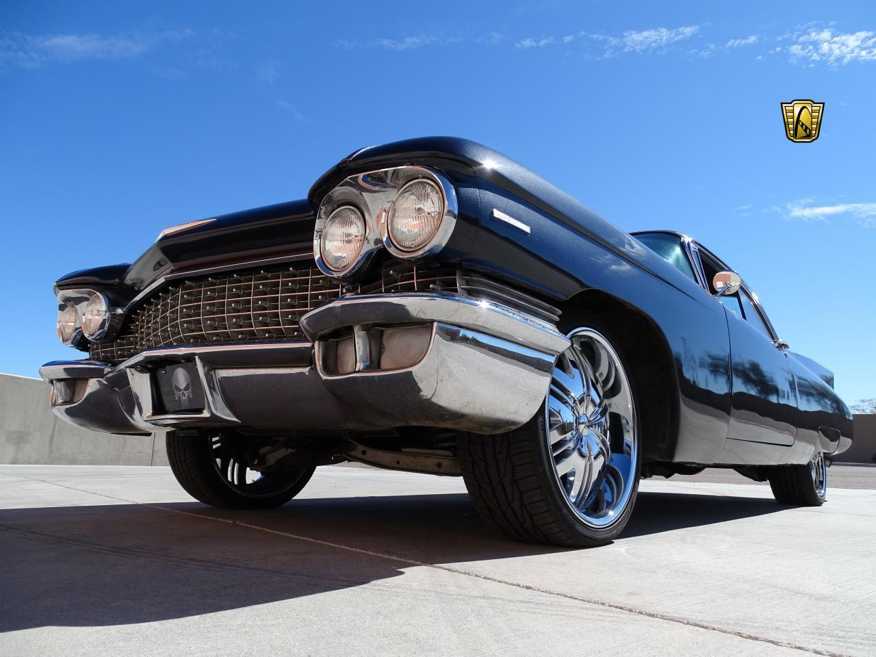 Large Picture of 1960 Cadillac Series 62 - MZFH