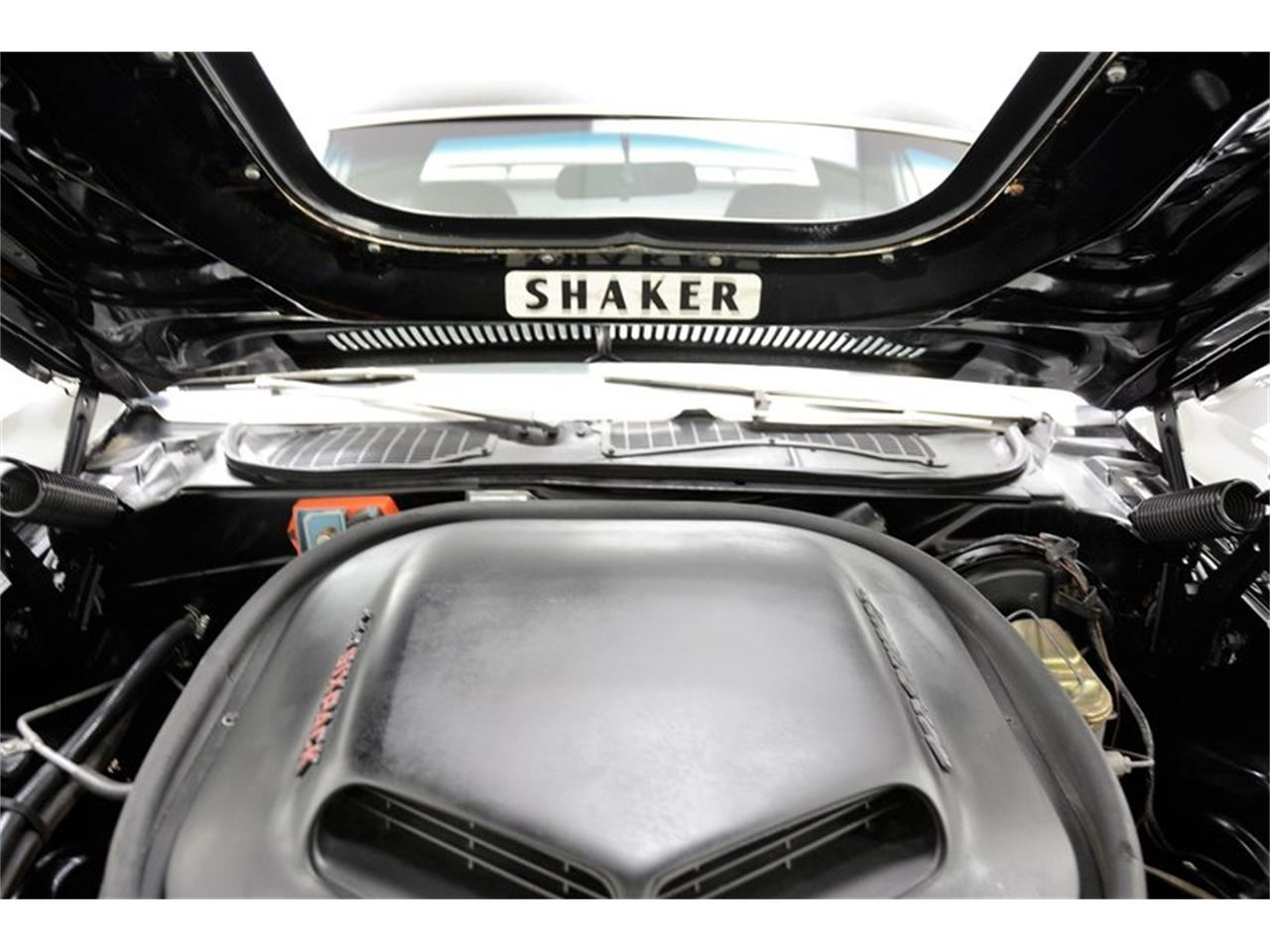 Large Picture of '71 Dodge Challenger R/T Offered by Classic Auto Mall - MZFX