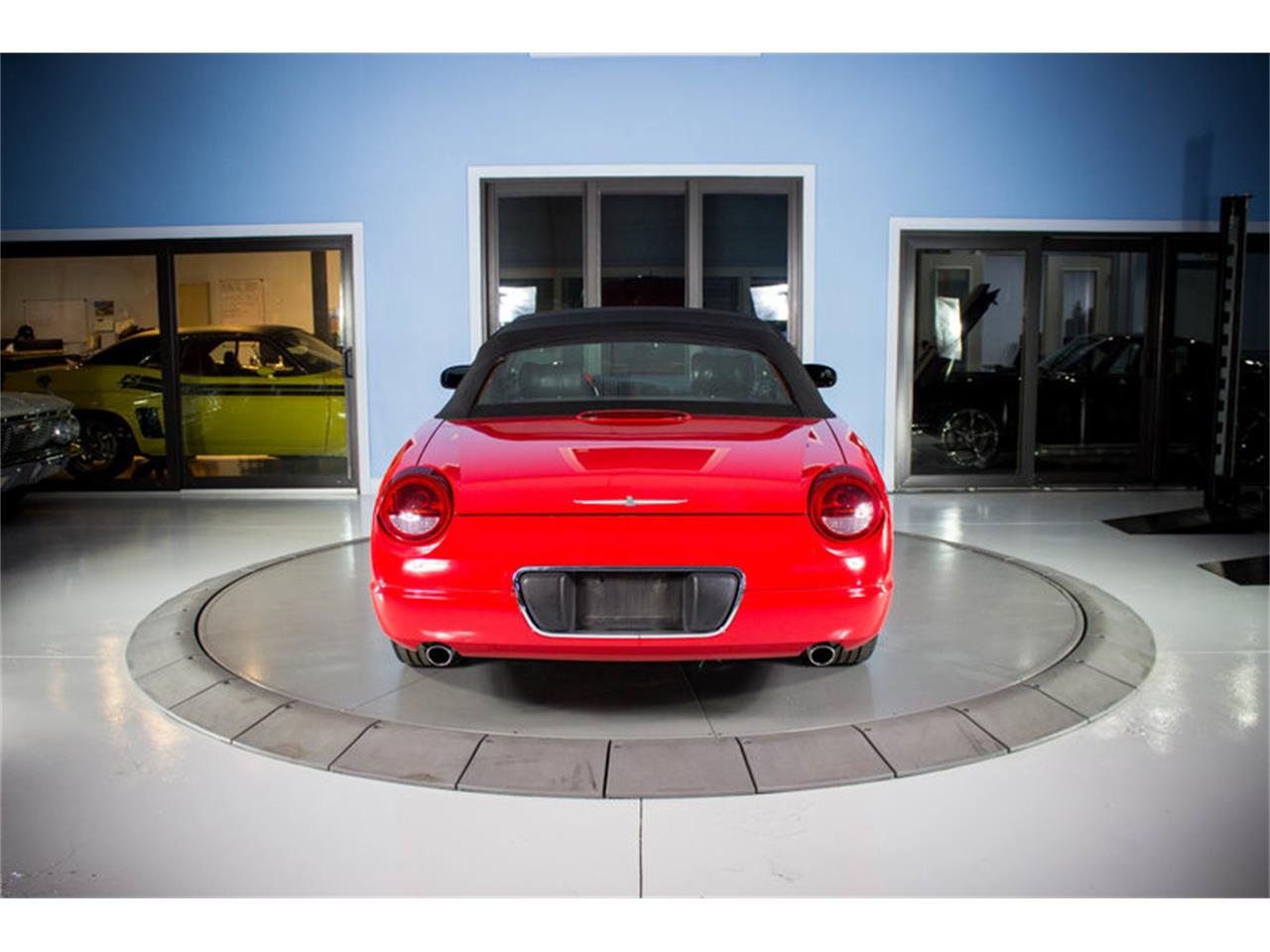 Large Picture of '02 Thunderbird - $14,997.00 - MZFZ