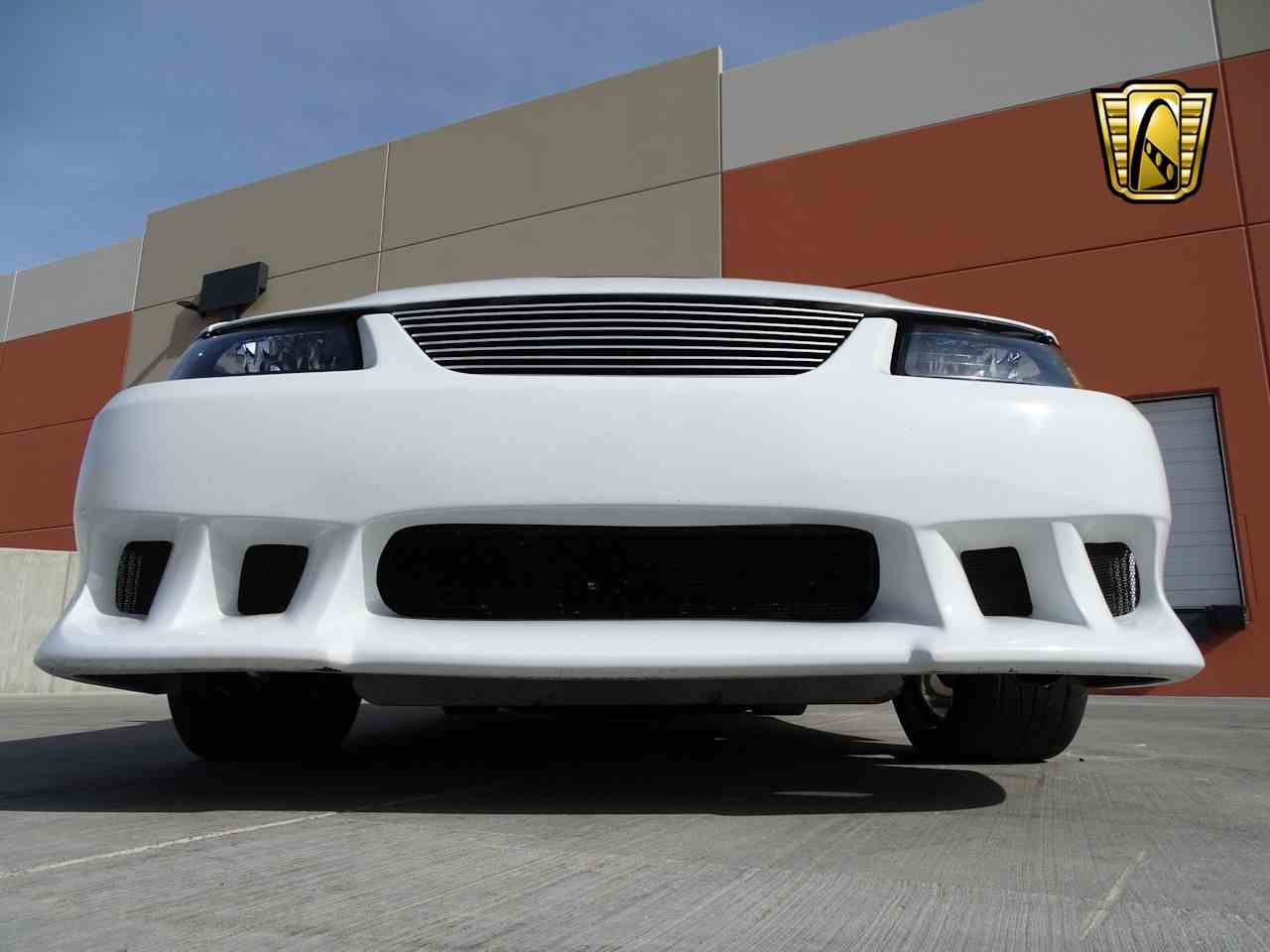 Large Picture of 2002 Ford Mustang located in Deer Valley Arizona Offered by Gateway Classic Cars - Scottsdale - MZG0