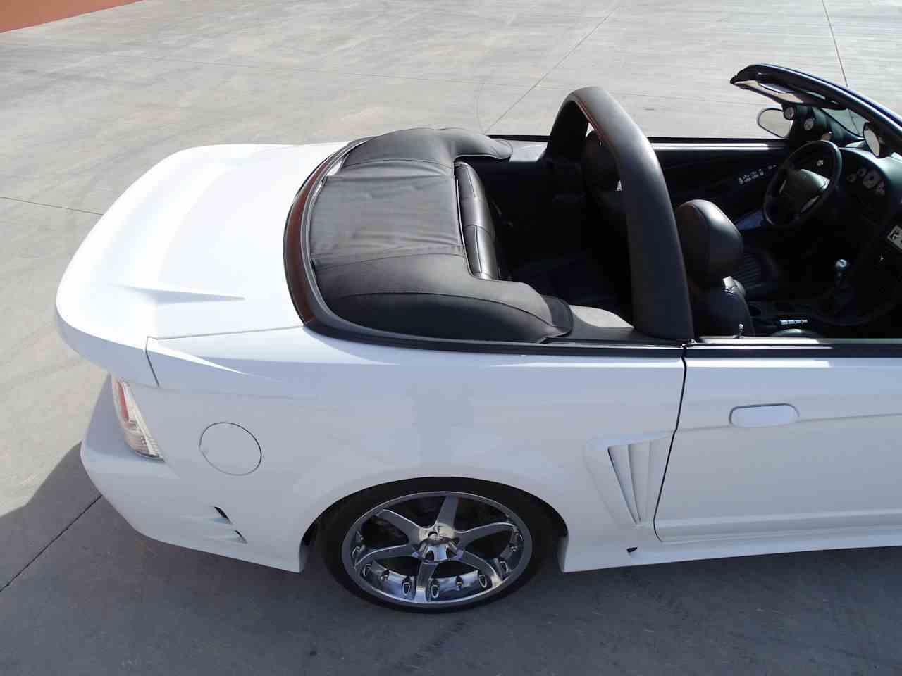 Large Picture of 2002 Mustang - MZG0