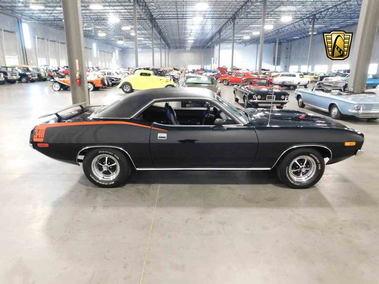Large Picture of '72 Barracuda - MZG1