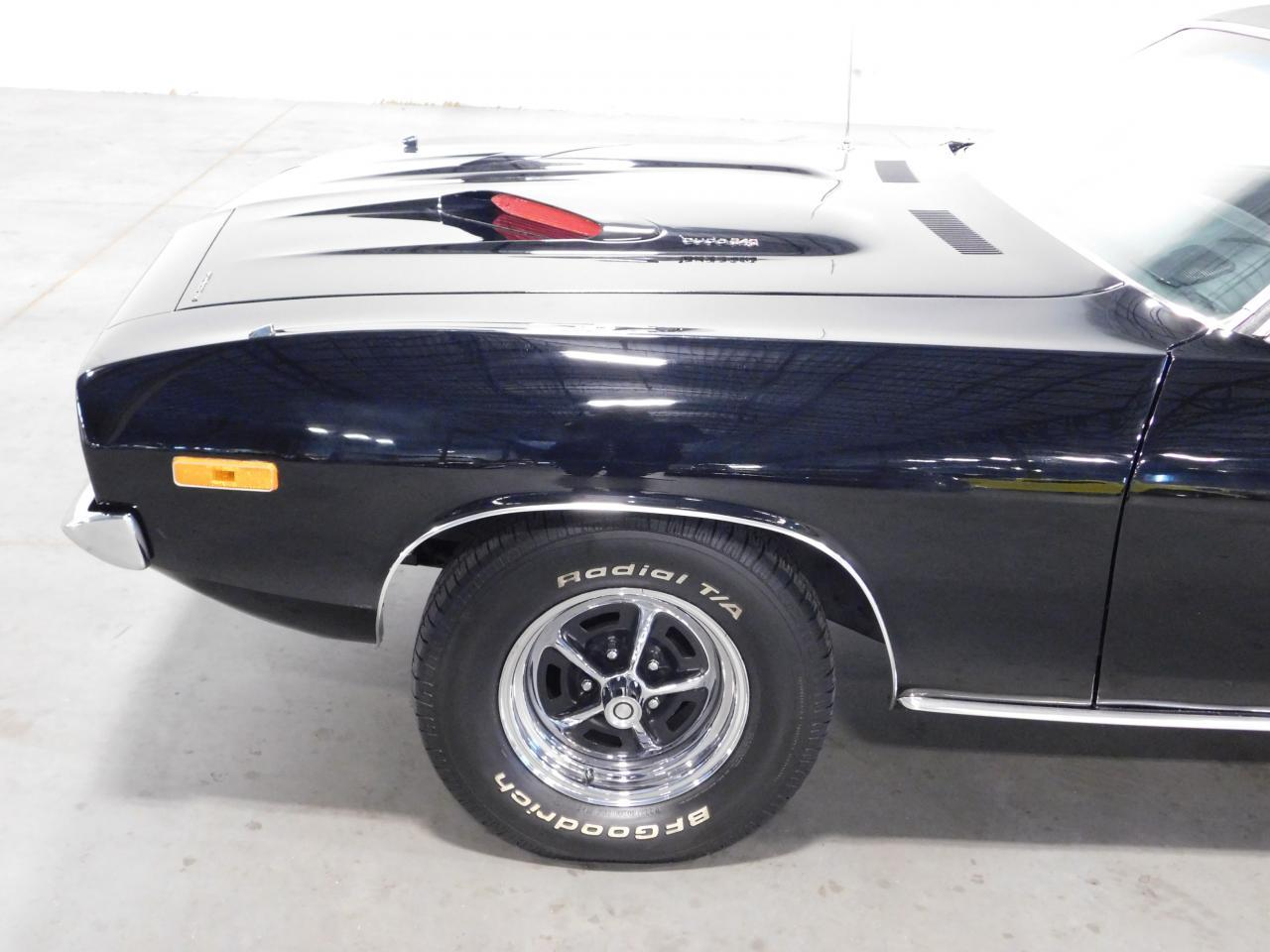 Large Picture of '72 Plymouth Barracuda - MZG1