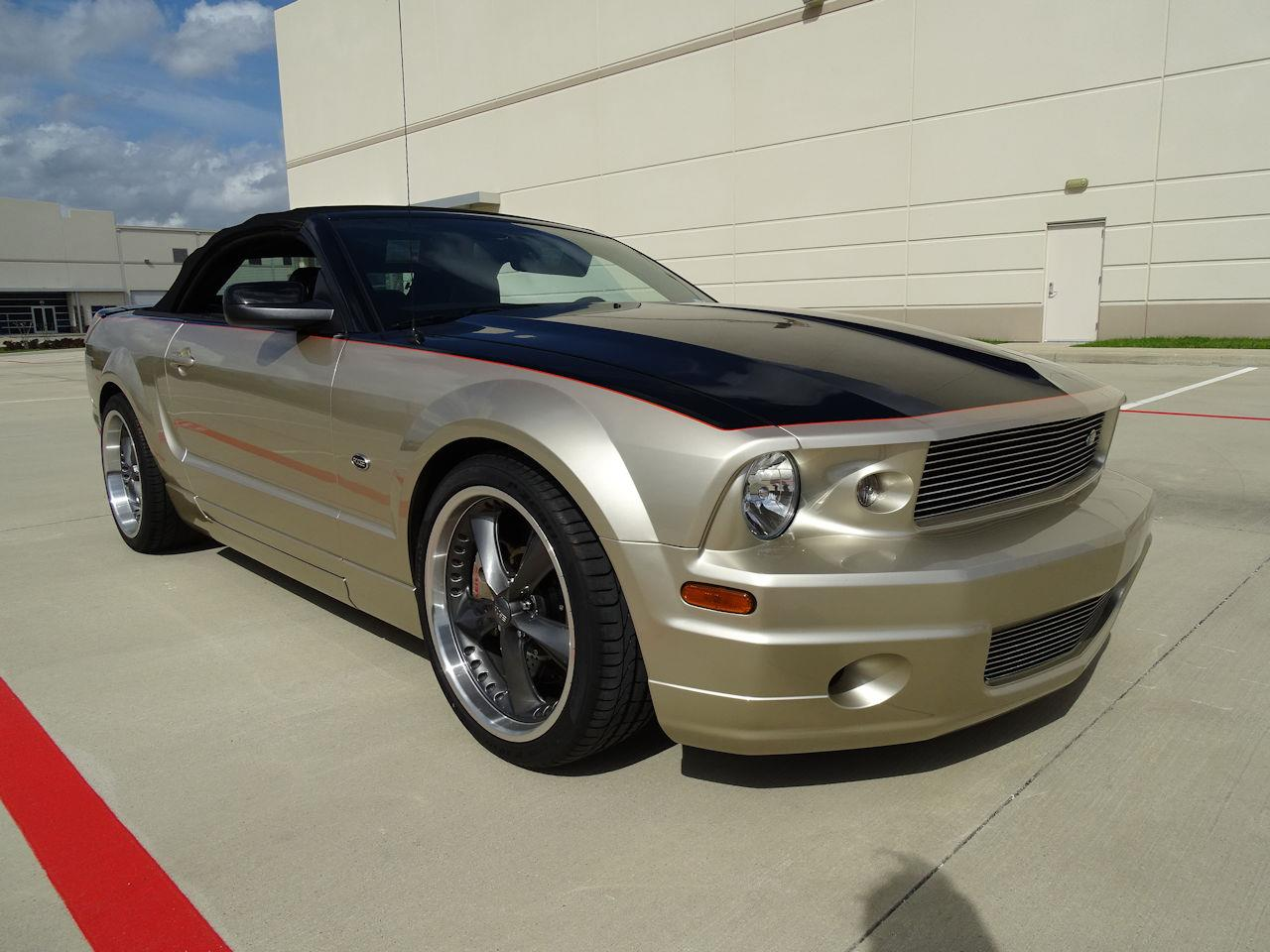 Large Picture of '08 Mustang - MZGA