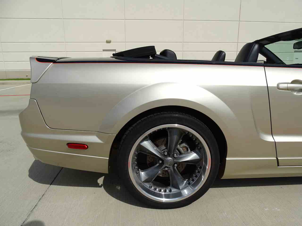 Large Picture of 2008 Mustang located in Texas - MZGA