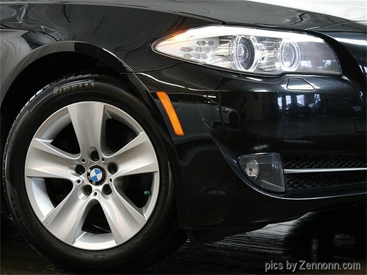 Large Picture of '11 BMW 5 Series located in Illinois - $12,790.00 Offered by Auto Gallery Chicago - MZHN