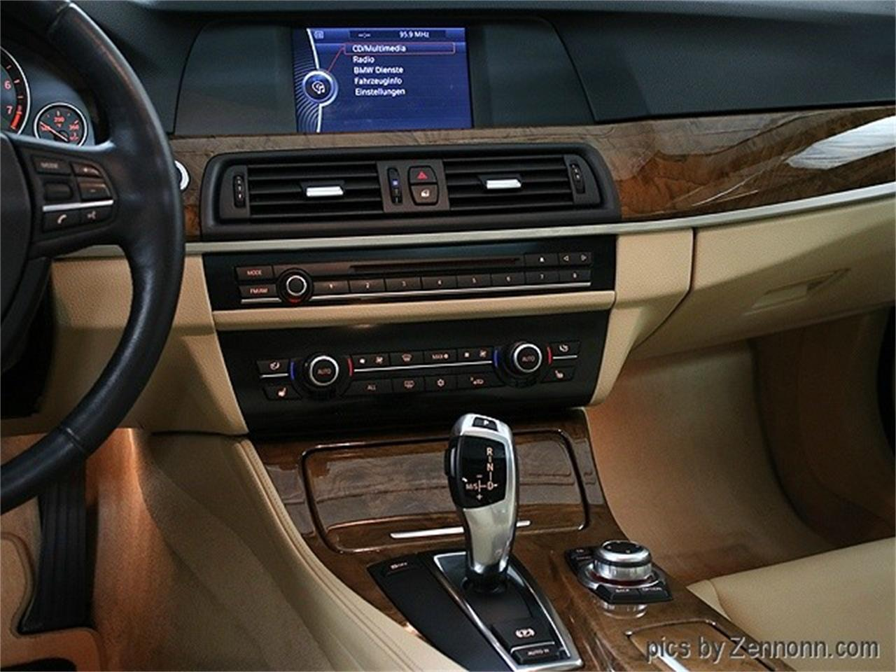 Large Picture of '11 BMW 5 Series located in Illinois - MZHN