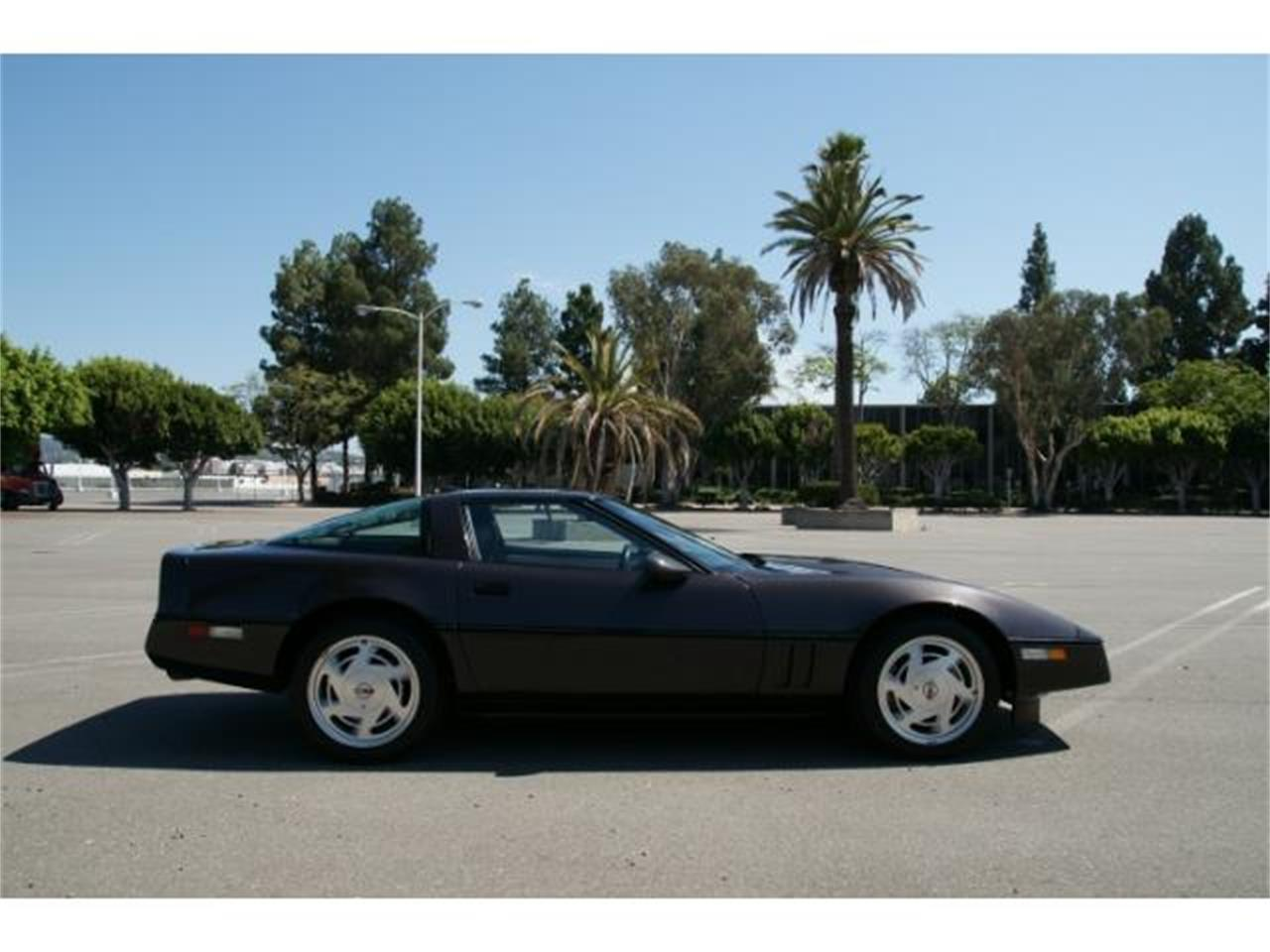 Large Picture of '89 Corvette - $14,900.00 - MZHQ