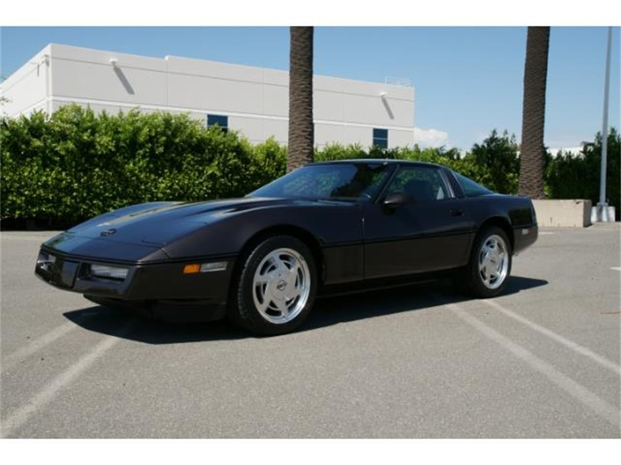 Large Picture of '89 Chevrolet Corvette - $14,900.00 - MZHQ