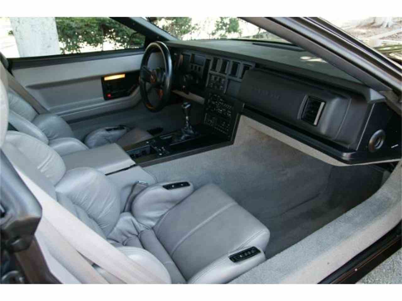 Large Picture of 1989 Chevrolet Corvette located in Anaheim California - $14,900.00 Offered by West Coast Corvettes - MZHQ
