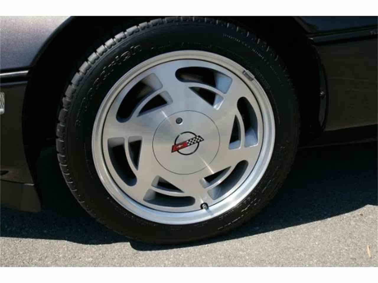 Large Picture of '89 Corvette - $14,900.00 - MZHQ
