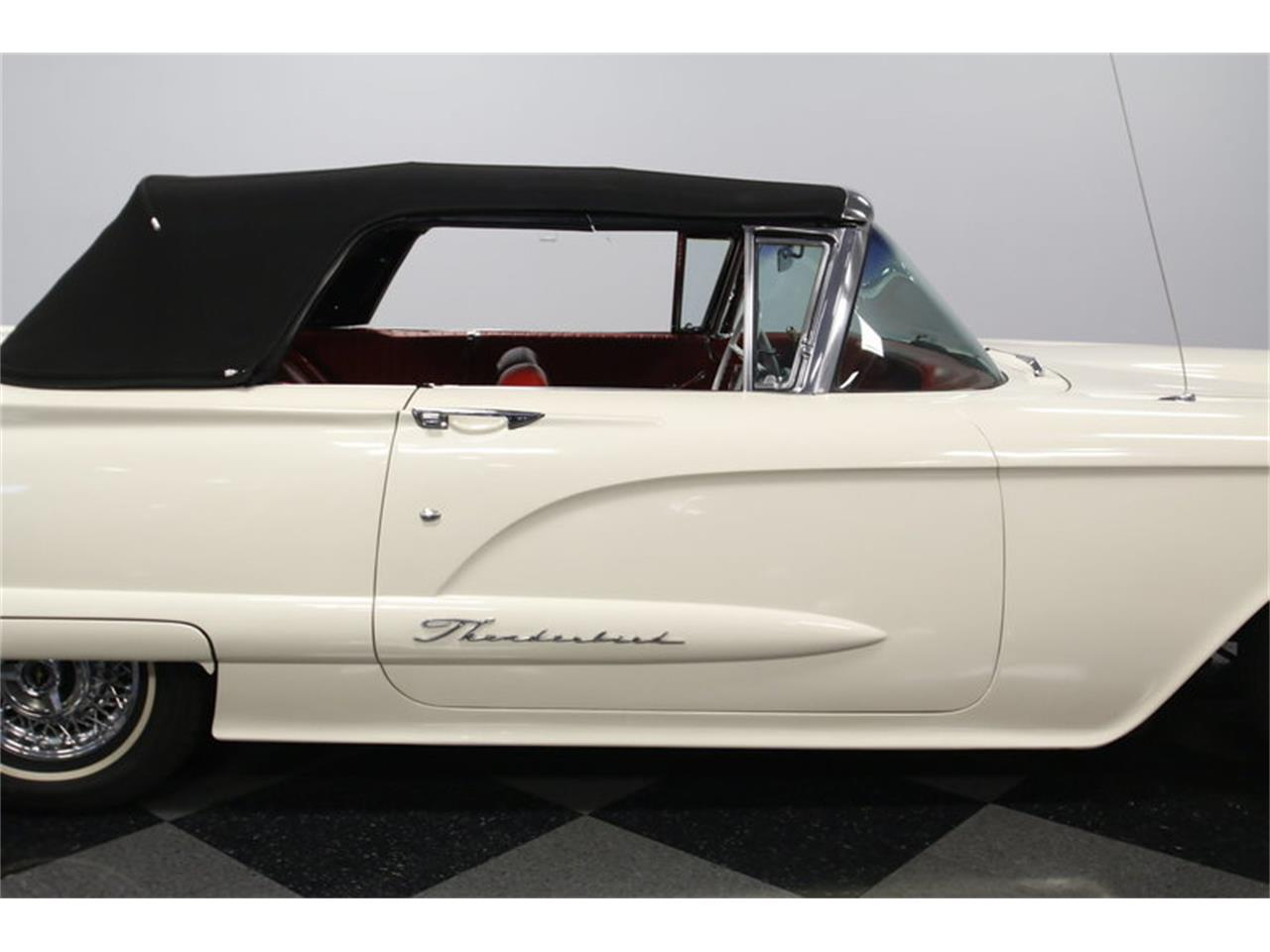 Large Picture of Classic '60 Ford Thunderbird - $39,995.00 - MZHS