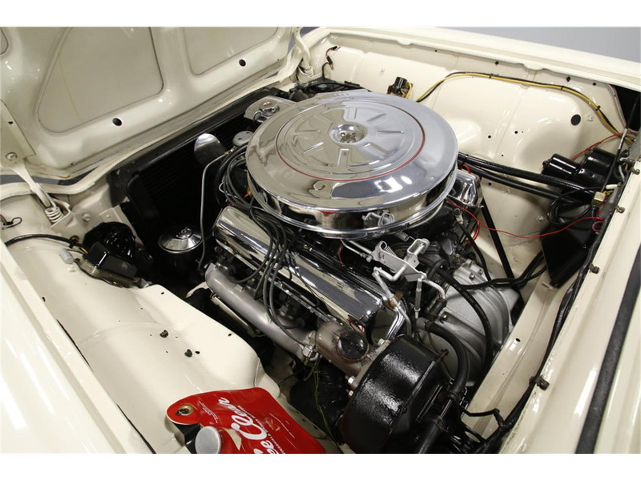 Large Picture of Classic '60 Ford Thunderbird - MZHS